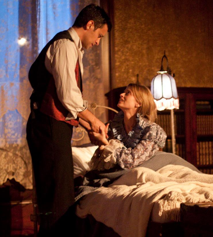 """Michael Perl and Gwendolyn Edwards in """"The Yellow Wallpaper."""" History Lit 2012. Photo by Daniel Kitayama."""